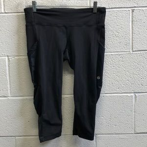 Lululemon black crop legging, sz 6, 62544